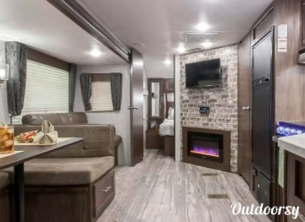 Unique RVs in Colorado - Bunkhouse